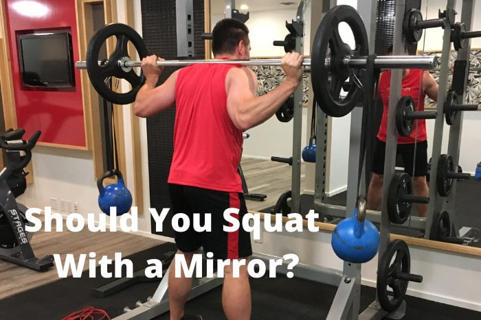 Should You Squat With a Mirror